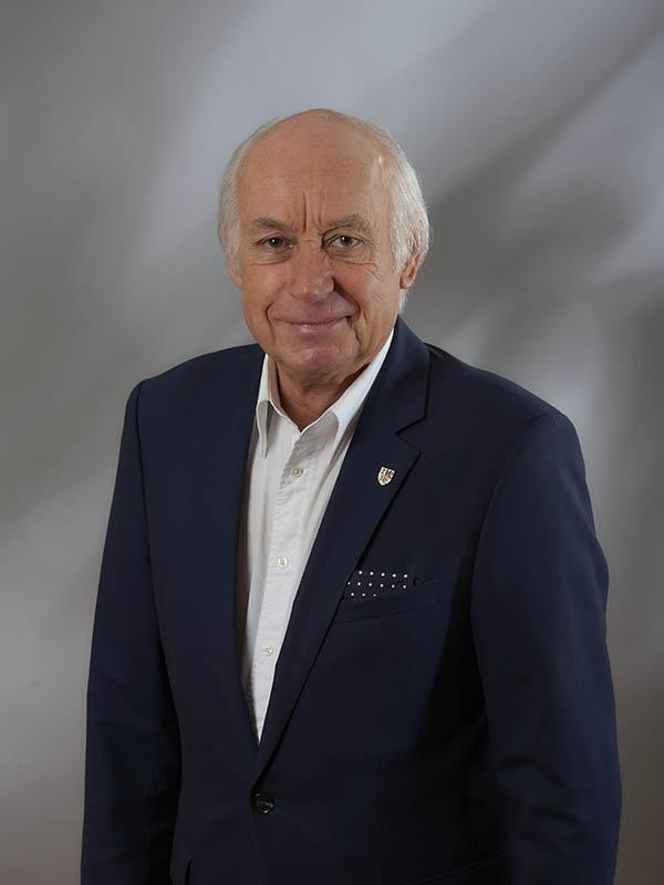 Bernhard Mauel